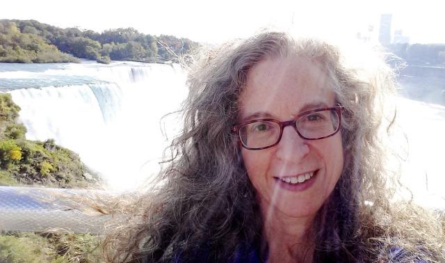 2014-9-29 Joan at Niagara Falls (C)